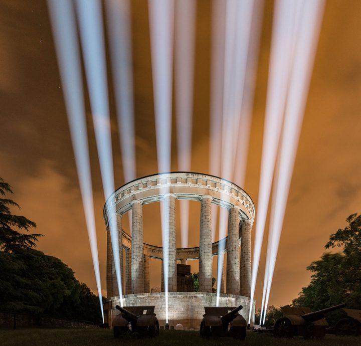 robe-columns-of-light-04
