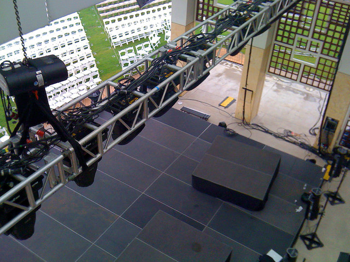 rsz_lighting-truss