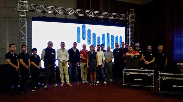 Il team Audio Effetti con la delegazione Yeas Tech.