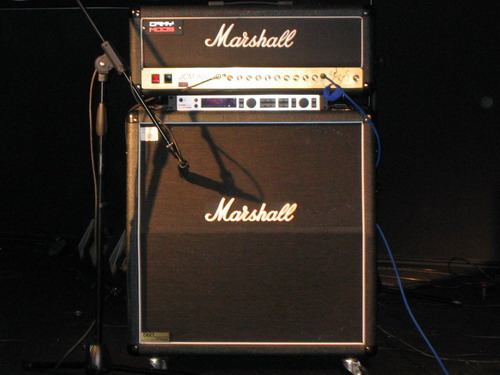 The Marshall amp  (ZioGiorgio.it photo) - click to read the original italian interview...